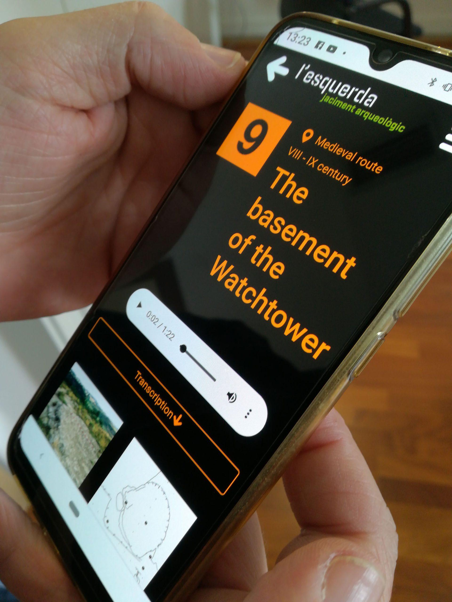 Imatge de la guia digital del Jaciment Arqueològic de l'Esquerda, a la qual s'hi pot accedir a través del mateix mòbil